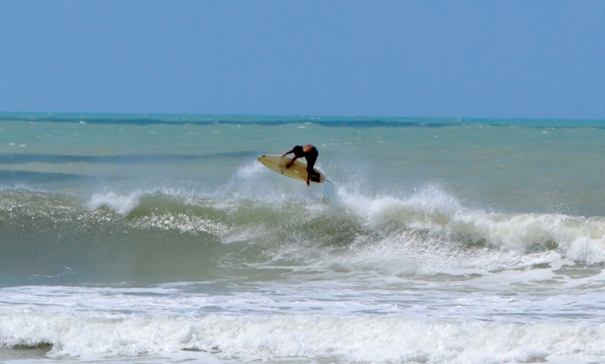 Surf en el Abacateiro